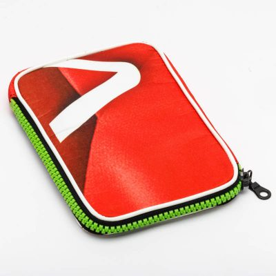 housse mini tablette rouge oriflamme